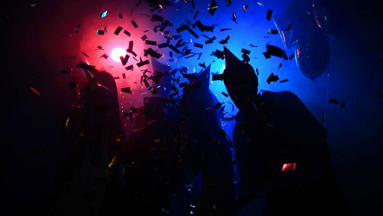 ปาร์ตี้สุดมันส์ กับ LED ทั่วโลกที่ทำให้ผู้คนหลงใหลแสงไฟยามค่ำคืน